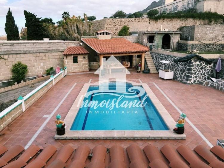 5 Bed  Villa/House for Sale, Arona, Santa Cruz de Tenerife, Tenerife - IN-107 2