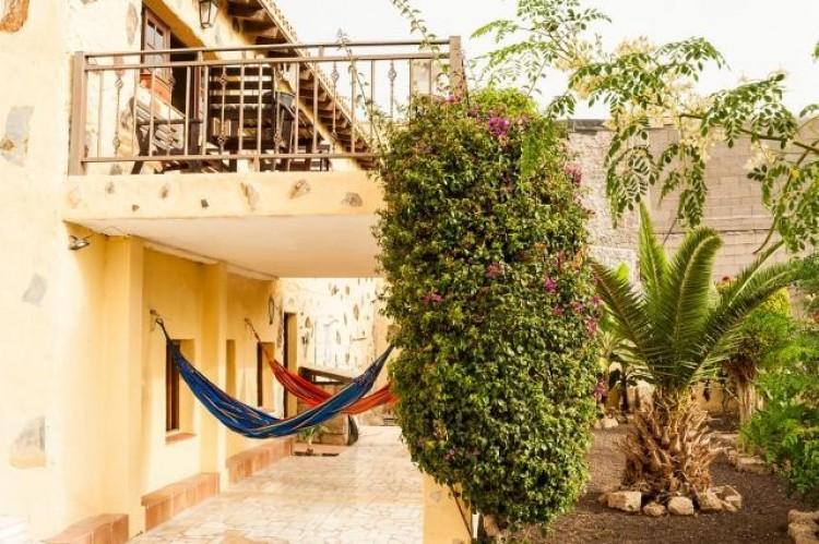 4 Bed  Villa/House for Sale, San Miguel de Abona, Santa Cruz de Tenerife, Tenerife - IN-72 1