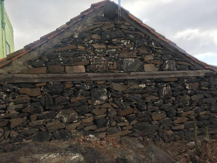 2 Bed  Country House/Finca for Sale, Guía de Isora, Santa Cruz de Tenerife, Tenerife - IN-15 3