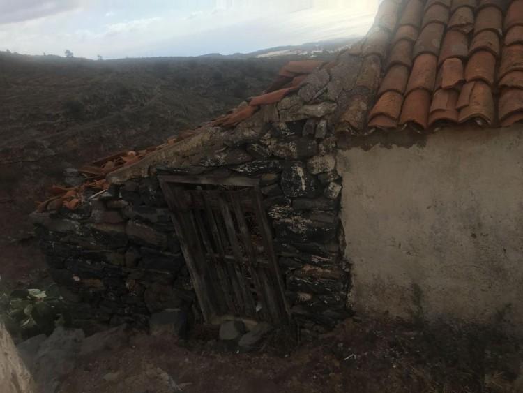 2 Bed  Country House/Finca for Sale, Guía de Isora, Santa Cruz de Tenerife, Tenerife - IN-15 7