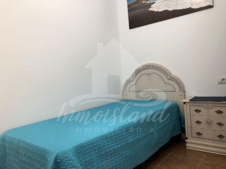 2 Bed  Flat / Apartment to Rent, Arona, Santa Cruz de Tenerife, Tenerife - IN-235 8