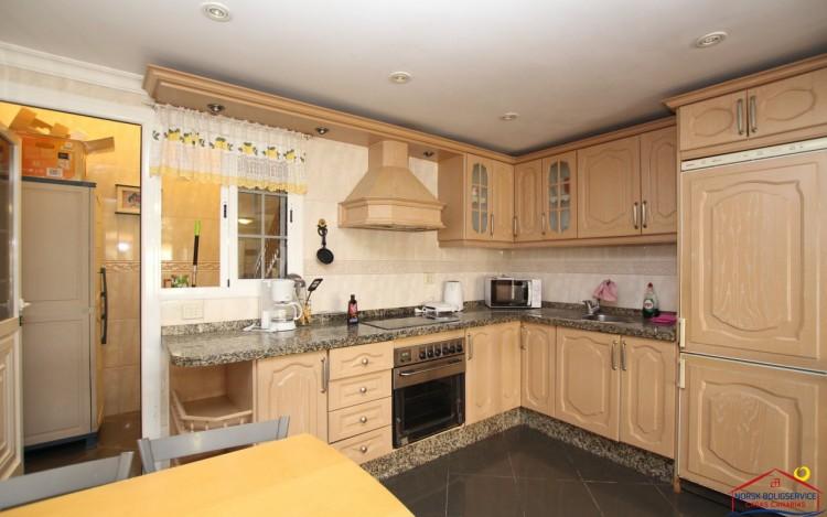 2 Bed  Flat / Apartment to Rent, Puerto Rico, Gran Canaria - NB-2055 10