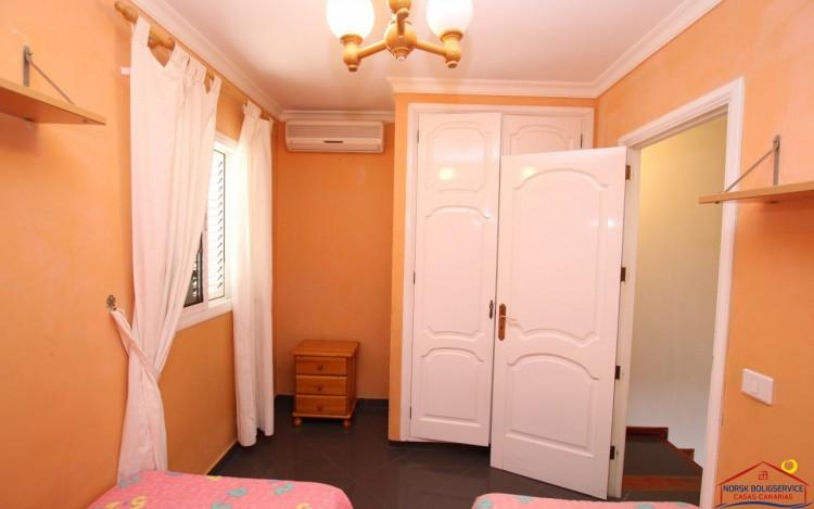 2 Bed  Flat / Apartment to Rent, Puerto Rico, Gran Canaria - NB-2055 7