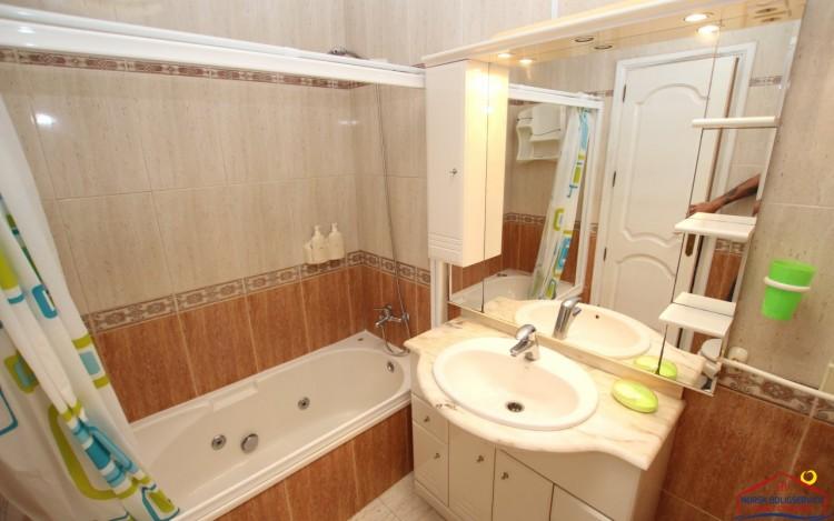2 Bed  Flat / Apartment to Rent, Puerto Rico, Gran Canaria - NB-2055 8