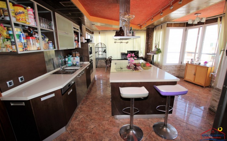 3 Bed  Flat / Apartment to Rent, Arguineguin, Gran Canaria - NB-2071 5
