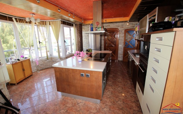 3 Bed  Flat / Apartment to Rent, Arguineguin, Gran Canaria - NB-2071 6