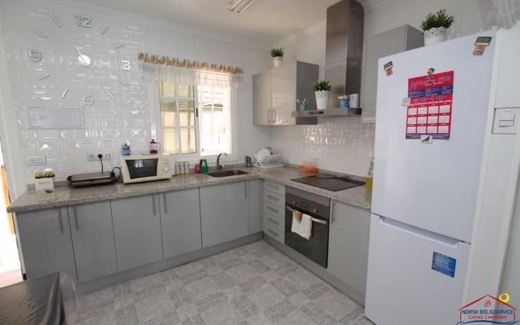 3 Bed  Flat / Apartment to Rent, Arguineguin, Gran Canaria - NB-2160 5