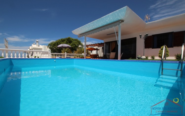 2 Bed  Villa/House to Rent, Puerto Rico, Gran Canaria - NB-690 5