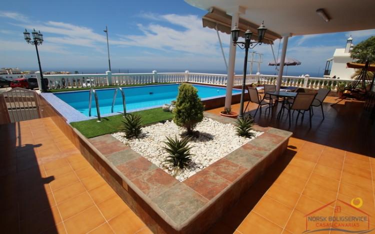 2 Bed  Villa/House to Rent, Puerto Rico, Gran Canaria - NB-690 6