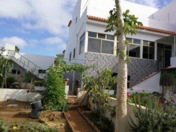 4 Bed  Villa/House for Sale, Guia de Isora, Santa Cruz de Tenerife, Tenerife - SB-80