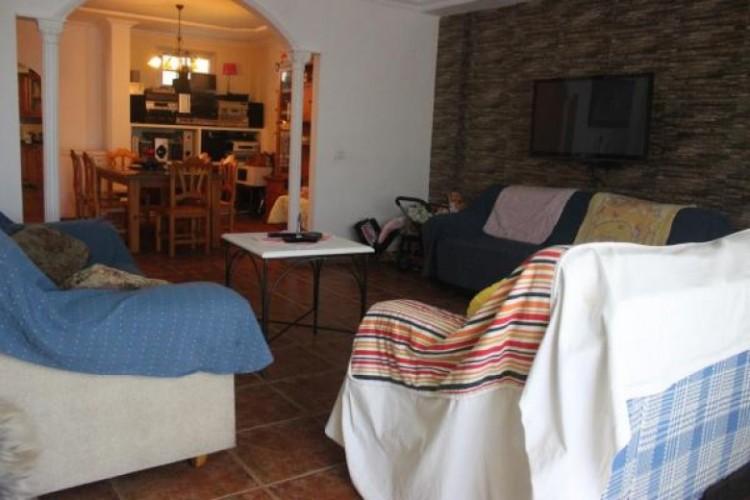 3 Bed  Villa/House for Sale, Adeje, Santa Cruz de Tenerife, Tenerife - SB-52 11