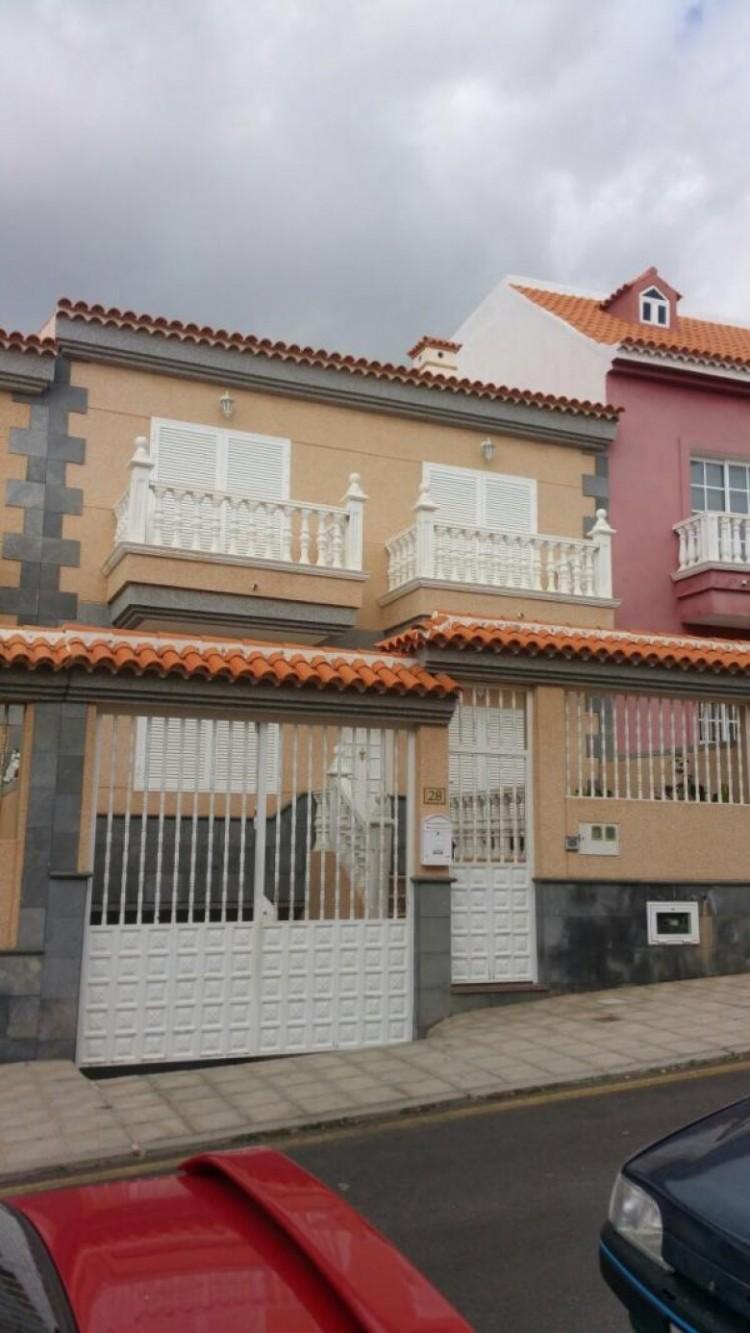3 Bed  Flat / Apartment for Sale, Guia de Isora, S/C de Tenerife, Tenerife - SB-32 1