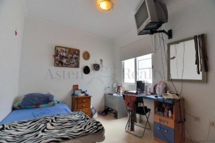 2 Bed  Flat / Apartment for Sale, Guia de Isora Playa de San Juan, Santa Cruz de Tenerife, Tenerife - SB-60 10