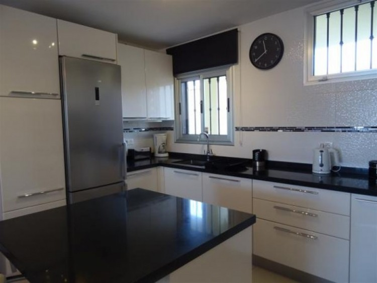 3 Bed  Flat / Apartment for Sale, Callao Salvaje, Tenerife - SB-41 2