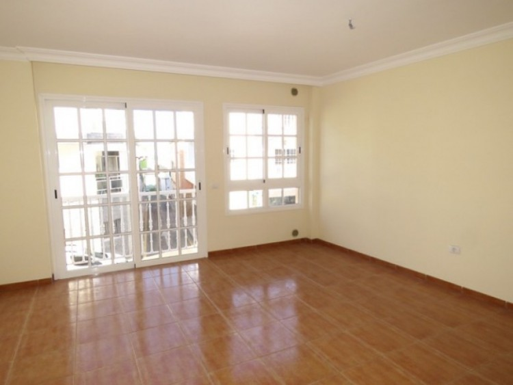 2 Bed  Flat / Apartment for Sale, Alcala, Santa Cruz de Tenerife, Tenerife - SB-16 9