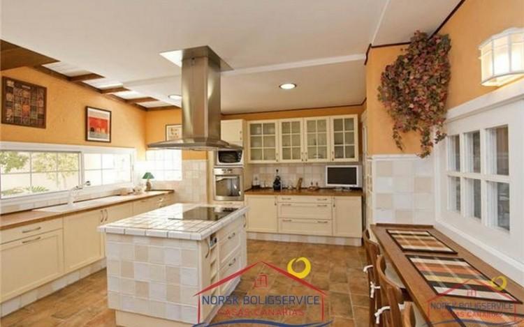 4 Bed  Villa/House for Sale, Arguineguin, Gran Canaria - NB-279 12