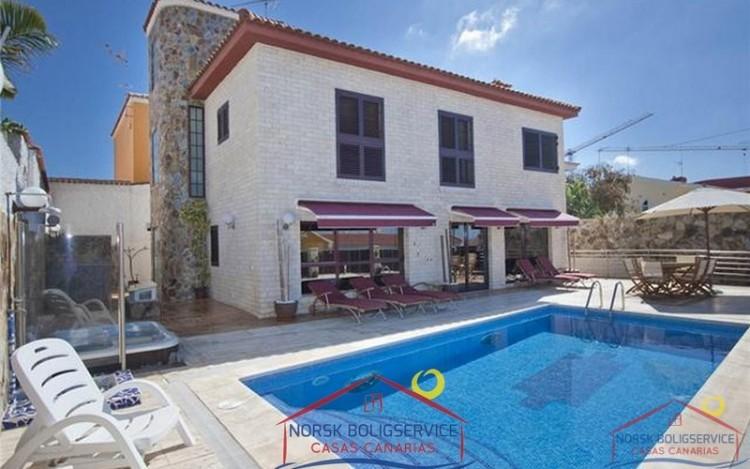 4 Bed  Villa/House for Sale, Arguineguin, Gran Canaria - NB-279 8