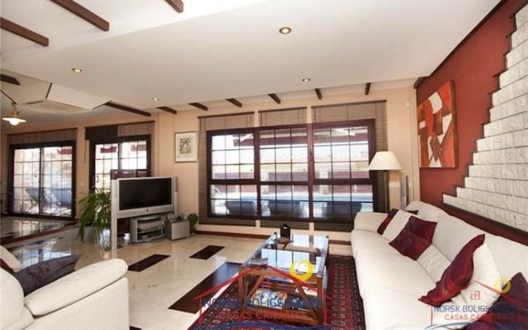 4 Bed  Villa/House for Sale, Arguineguin, Gran Canaria - NB-279 9