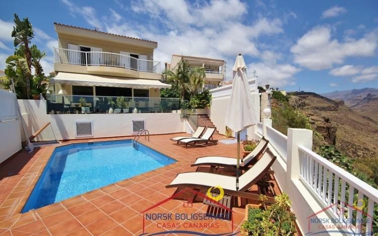4 Bed  Villa/House for Sale, Montaña La Data, Gran Canaria - NB-495 1