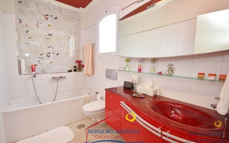 4 Bed  Villa/House for Sale, Montaña La Data, Gran Canaria - NB-495 17