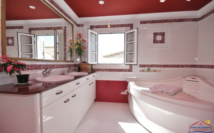5 Bed  Villa/House for Sale, Sonnenland, Gran Canaria - NB-759 8