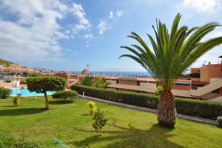 2 Bed  Flat / Apartment for Sale, San Eugenio Alto, Adeje, Tenerife - AZ-1255 1