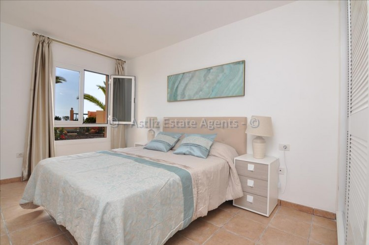 2 Bed  Flat / Apartment for Sale, San Eugenio Alto, Adeje, Tenerife - AZ-1255 4