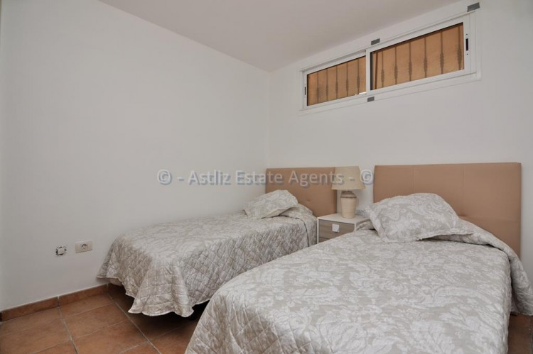 2 Bed  Flat / Apartment for Sale, San Eugenio Alto, Adeje, Tenerife - AZ-1255 6