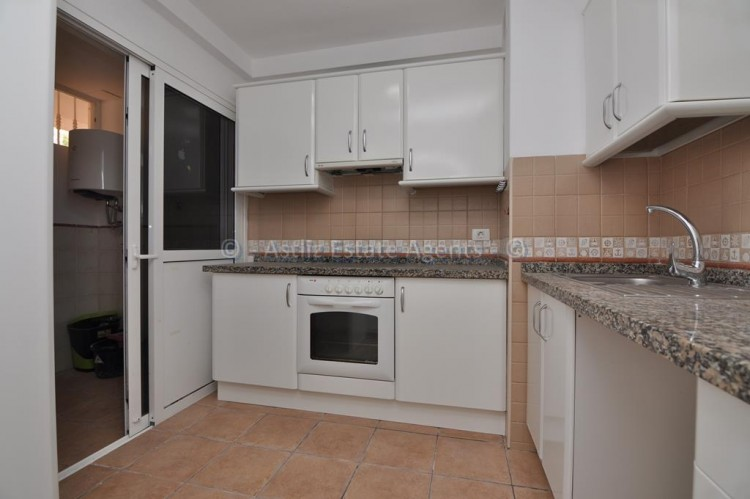 2 Bed  Flat / Apartment for Sale, San Eugenio Alto, Adeje, Tenerife - AZ-1255 8