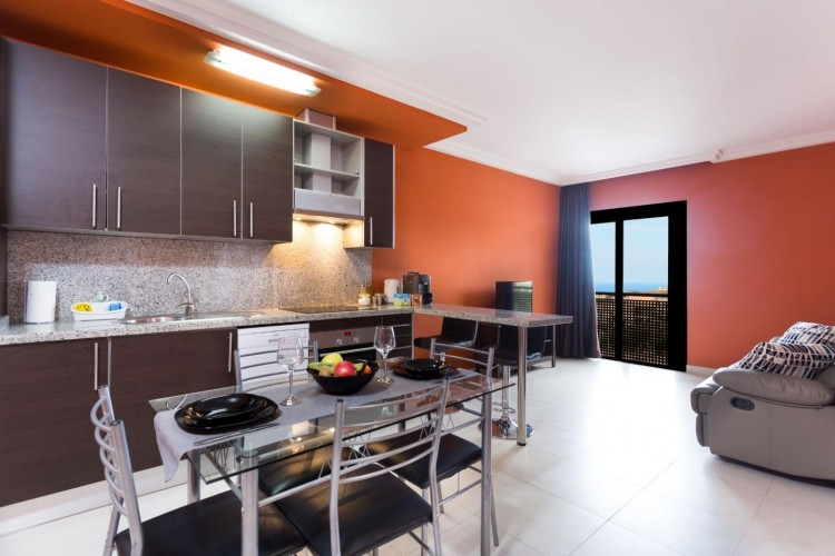 2 Bed  Flat / Apartment for Sale, Adeje, Santa Cruz De Tenerife, Tenerife - IN-240 1