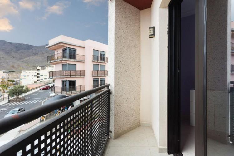 2 Bed  Flat / Apartment for Sale, Adeje, Santa Cruz De Tenerife, Tenerife - IN-240 12
