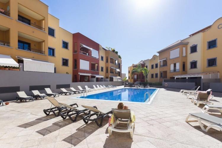 2 Bed  Flat / Apartment for Sale, Adeje, Santa Cruz De Tenerife, Tenerife - IN-240 15