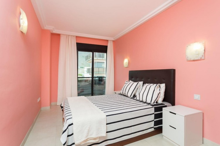 2 Bed  Flat / Apartment for Sale, Adeje, Santa Cruz De Tenerife, Tenerife - IN-240 5