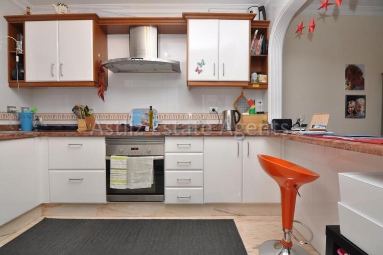 3 Bed  Flat / Apartment for Sale, Puerto De Santiago, Santiago Del Teide, Tenerife - AZ-1259 12