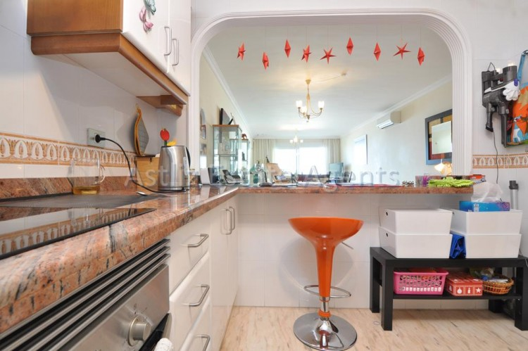 3 Bed  Flat / Apartment for Sale, Puerto De Santiago, Santiago Del Teide, Tenerife - AZ-1259 13