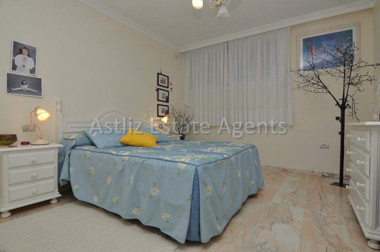 3 Bed  Flat / Apartment for Sale, Puerto De Santiago, Santiago Del Teide, Tenerife - AZ-1259 5