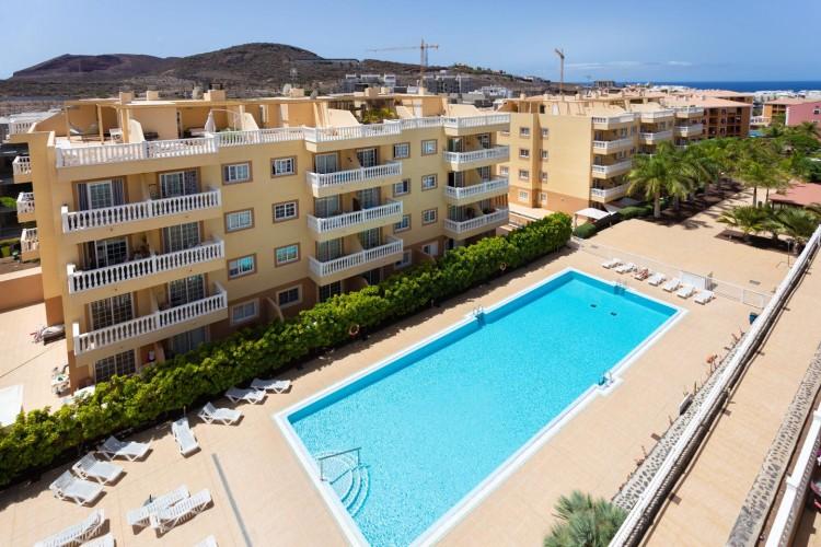 2 Bed  Flat / Apartment for Sale, Arona, Santa Cruz de Tenerife, Tenerife - IN-214 1