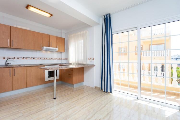 2 Bed  Flat / Apartment for Sale, Arona, Santa Cruz de Tenerife, Tenerife - IN-214 3