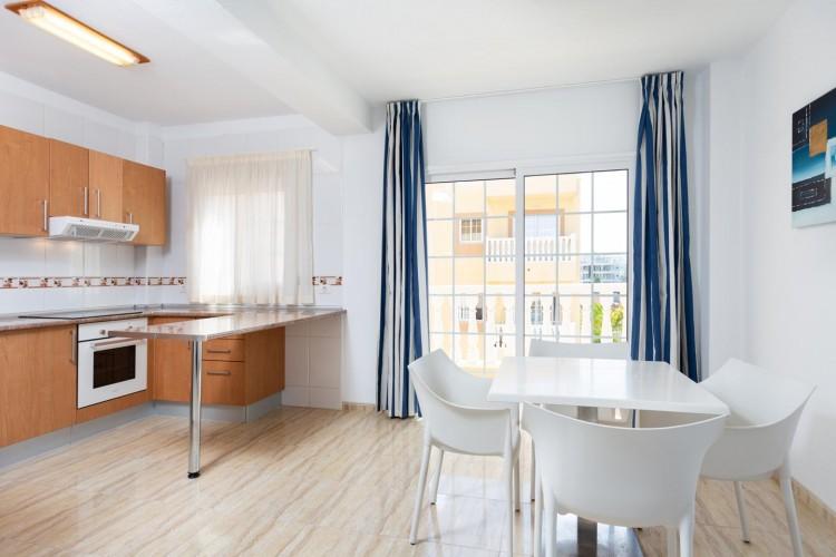 2 Bed  Flat / Apartment for Sale, Arona, Santa Cruz de Tenerife, Tenerife - IN-214 9