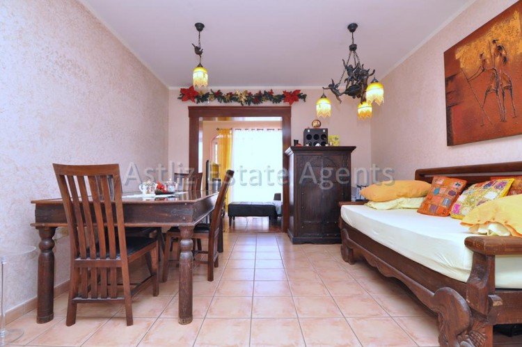 1 Bed  Flat / Apartment for Sale, Playa Paraiso, Adeje, Tenerife - AZ-1262 2