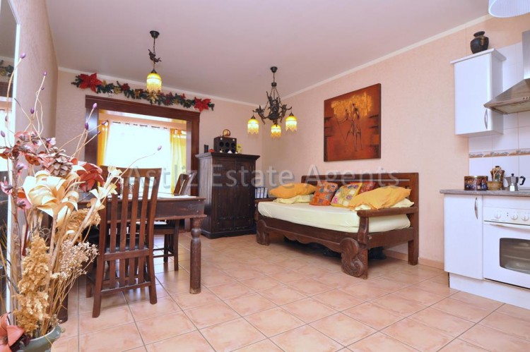1 Bed  Flat / Apartment for Sale, Playa Paraiso, Adeje, Tenerife - AZ-1262 8