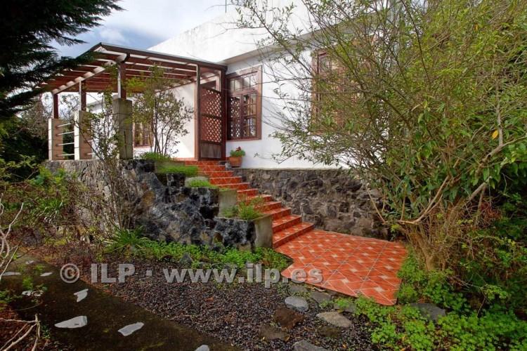 3 Bed  Villa/House for Sale, In the urban area, Mazo, La Palma - LP-M106 3