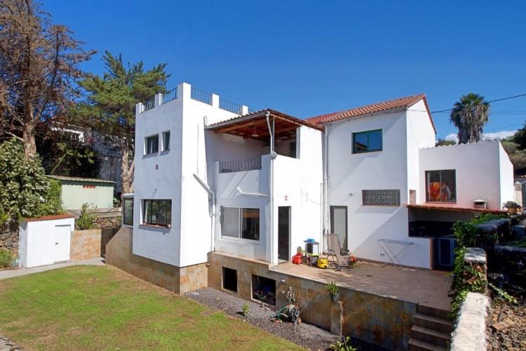 4 Bed  Villa/House for Sale, Tajuya, Los Llanos, La Palma - LP-L531 1