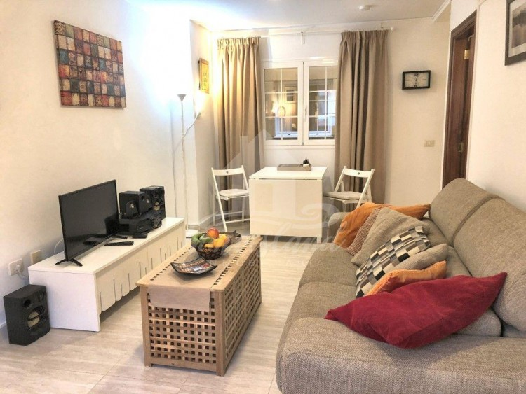 1 Bed  Flat / Apartment for Sale, San Isidro, Santa Cruz de Tenerife, Tenerife - IN-251 1