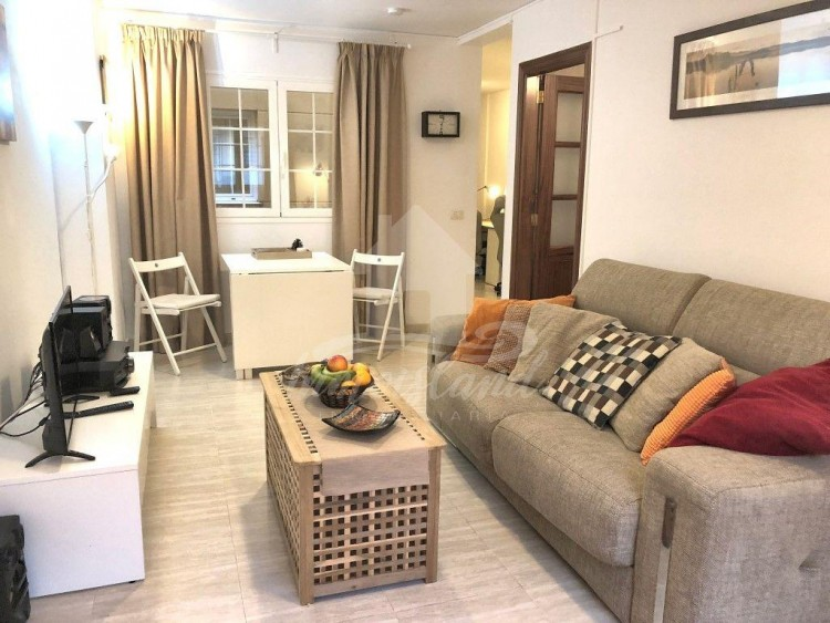 1 Bed  Flat / Apartment for Sale, San Isidro, Santa Cruz de Tenerife, Tenerife - IN-251 2