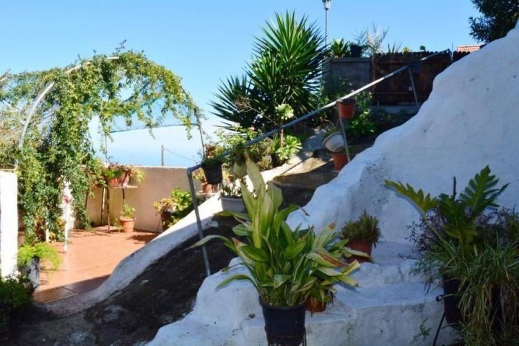 Villa/House for Sale, Las Palmas, Moya-Santa Maria de Guia, Gran Canaria - DI-9247 2
