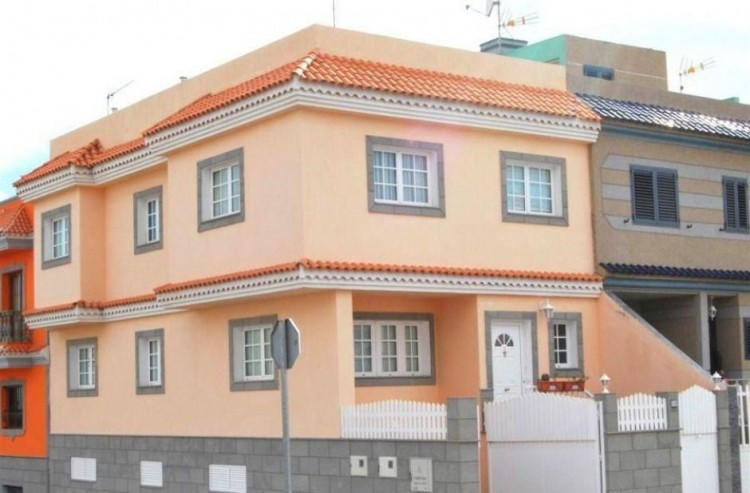 Villa/House for Sale, Las Palmas, Cruce de Arinaga, Gran Canaria - DI-2077 1