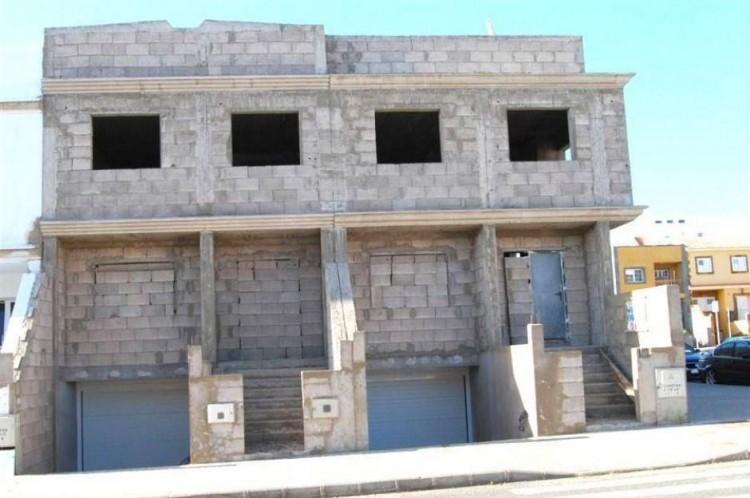 Villa/House for Sale, Las Palmas, Cruce de Arinaga, Gran Canaria - DI-2077 3