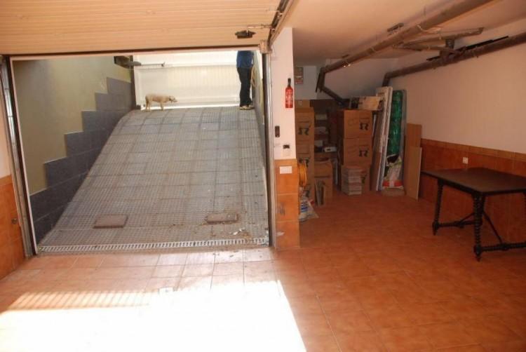 4 Bed  Villa/House for Sale, Las Palmas, Ingenio, Gran Canaria - DI-2167 12