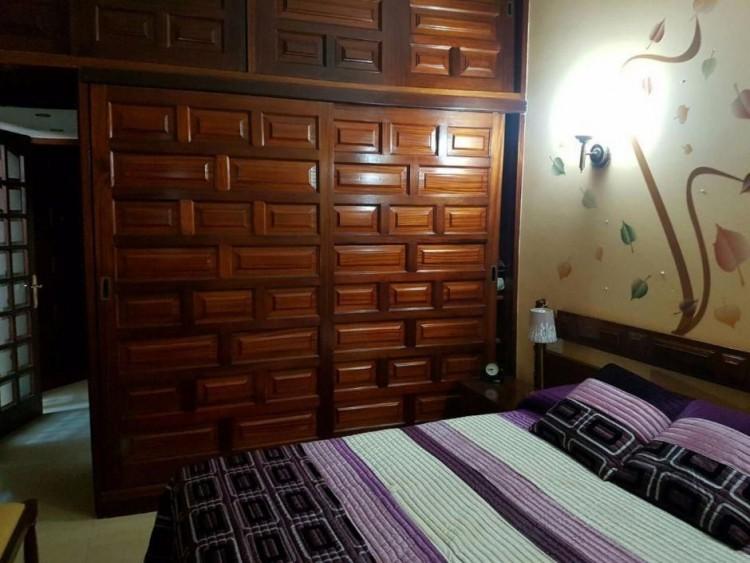 3 Bed  Villa/House to Rent, Las Palmas, Playa del Inglés, Gran Canaria - DI-2137 10
